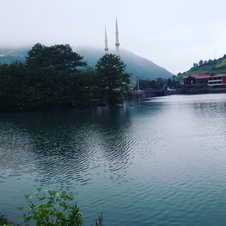 بحيرة اوزنجول في طرابزون